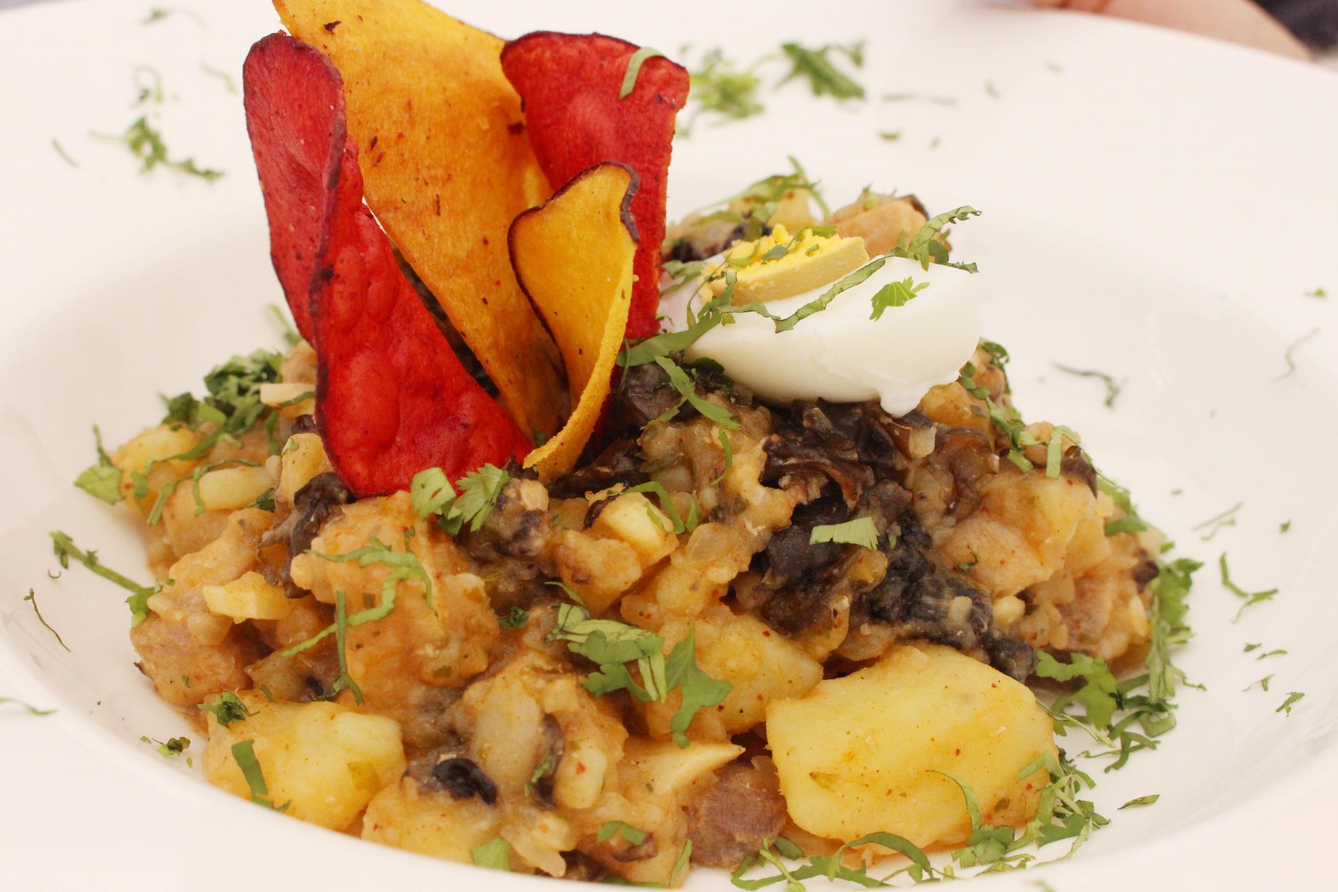Picante de Albacora con llaitas (Chef Claudia Valdivia de Arica)